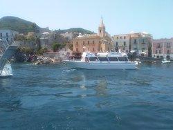 Popolo Giallo - Boat Tours