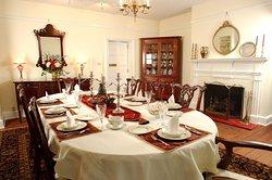 Maysville Manor Bed & Breakfast