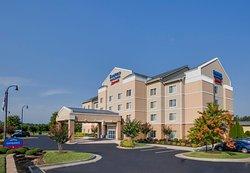 Fairfield Inn & Suites South Hill I-85