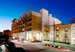 Residence Inn Kansas City Country Club Plaza