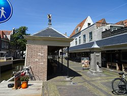 de Visbanken of Vismarkt uit 1755