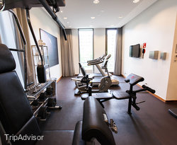 Fitness Center at the Crowne Plaza Amsterdam South