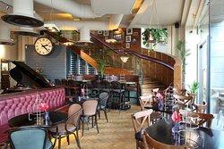 Browns Brasserie & Bar