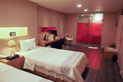 141 Mini Hotel