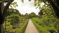 Brynbella Gardens