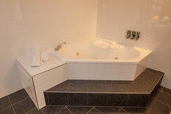 Executive 2 Person Spa Bath