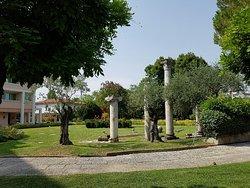 Villa Romana Di Via Neroniana - Sito Archeologico