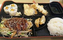 Sushi Sushi Japanese Restaurant