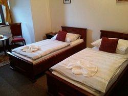 Hotel Zamek Cerveny Hradek