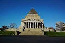 ‪Shrine of Remembrance‬