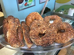 Poppys Bagels TCBY of Teaneck