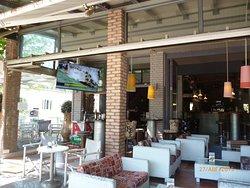 Escape Cafe Bar