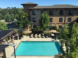 Comfortable Stay in Sonoma Wine Country