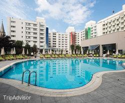 The Pool at the Radisson Blu Hotel Bucharest