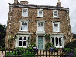 Redmayne House