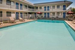 Motel 6 Kansas City Southwest Lenexa