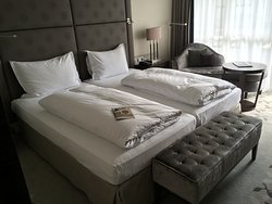 Comfortable bed, and clean with ample space