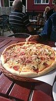 Moellen Restaurant og Pizzeria