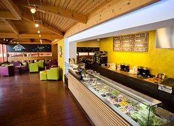 EIGER+ cafe lounge