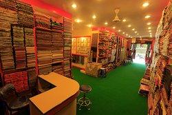 Love Love Pashmina Store & Gems
