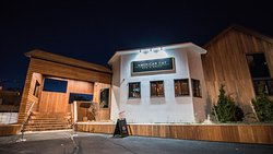 American Cut Bar & Grill