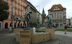 Dancing Fountain Czech Musicians