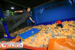 ‪Gravity Indoor Trampoline Park‬