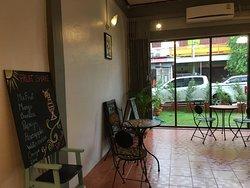 Lin's Café