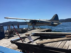 Brooks Seaplane Service - Tours