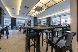 Andaina Cafe Bar