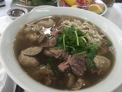Big phở, but not delicious