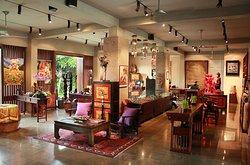 MÉTIS Gallery & Boutiques