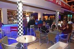 Pit Stop Pub - Snack Bar
