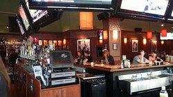 Bar Louie Novi