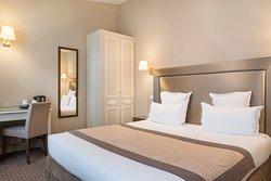 Acacias Etoile Hotel