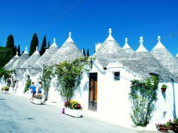 ‪I Trulli di Alberobello - World Heritage Site‬