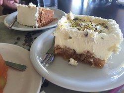 Hondos Center Cafe