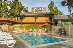 Ayres Lodge Alpine