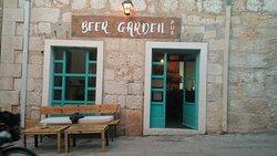 Beer Garden Pub