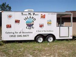 Island Cafe'