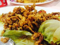 Honey-glazed fried squid