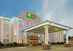Holiday Inn Express Magnolia/Lake Columbia