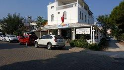 Voyager Hotel Cafe & Restaurant