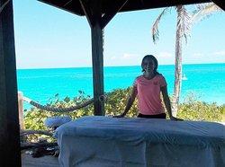 Island Wellness Exuma Salon & Spa
