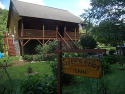 River's Edge Inn
