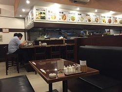 Great location, good ramen, quick service