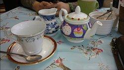 Mad Hatters Tea Emporium Ltd