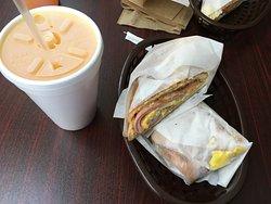 Taino's Bakery and Deli