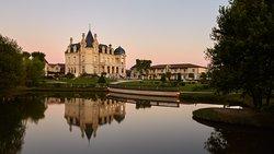 格兰德巴拉伊城堡度假温泉酒店