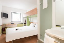 Ibis Budget Courbevoie Paris la Defense 1